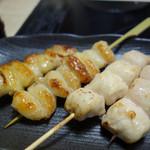 串と水炊博多松すけ - ぼんじりとささみ。