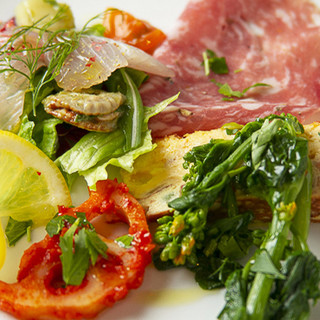 本場の味を学んだ店主が作る、イタリアの家庭料理を気軽に