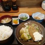 酒房 三日月食堂 - 日替定食(ごはん大盛り)