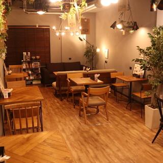 カフェレストランと家具の店