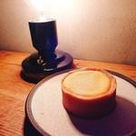 カフェ ヤット - 料理写真:チーズタルト(380円)