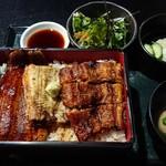 104855118 - 関東風、関西風、白焼きを一度に食べれます✨4700円