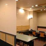 上野みやび - ホール席もクロスを下して半個室にできます!!