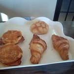 つむぎ - 料理写真:パン