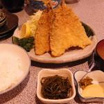 魚佐 - アジフライ定食