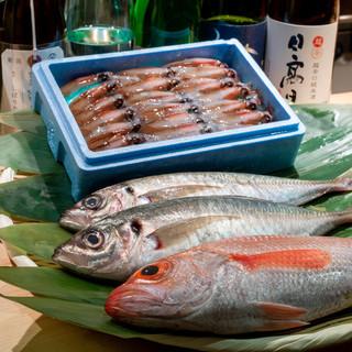 江戸前寿司を極めた店主がその時極上なものをお出しいたします。