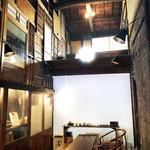 ◯間 - お茶とバーのスペース