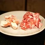 焼肉・にくなべ屋 びいどろ - ☆神戸牛バラスライス 500円と小腸 400円