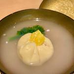 みこころや - 蛤(はまぐり)しんじょと京菜花の御椀
