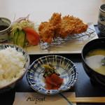 レストラン エアポート - 料理写真:ヒレかつ定食