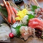 104904204 - お造り:蟹と鮮魚のお刺身5点盛り
