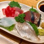 横浜おばんざい月読 - お刺身盛合せ二人前1200円