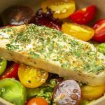 CHIKYU FARM TO TABLE - カラフルトマトと季節のフルーツ_ソイチーズカプレーゼ