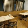 トンテキ食堂8 - 内観写真:テーブル席8席グループでもOK