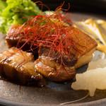 イベリコ屋 - お箸で切れるとろとろ角煮