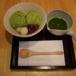 山口妙香園 - 抹茶アフォガード:抹茶のアイスに濃い抹茶をかけて食べるスイーツです。