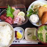 はるみ - 「マグロ、真鯛  刺身定食セット」1300円(税込1404円)