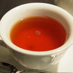 104931798 - 巨峰の紅茶1