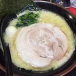 Yokohamaiekeiramentokorozawayamatoya - 塩ラーメン500円