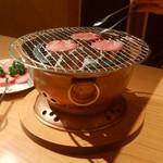 炭火焼肉 味楽亭 -