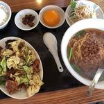 鴻運 - 料理写真:回鍋肉ランチ(750円)