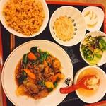 中華料理 敦煌 らーめんすき -