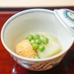 祇園 末友 - 聖護院大根、 助子、 うすい豆