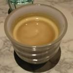 和洋折衷メイスイ - 食後のコーヒー100円です。ジョージアのサーバー使用しています。