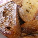 天然酵母パン オ フルニル デュ ボワ - フレンチトースト