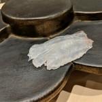 鮨みやもと - 料理写真:平目の刺し身 ポン酢で