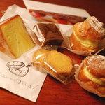 マンマ・ミーア! - 焼き菓子とシュークリーム