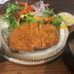 COTON食堂 - 料理写真:2019年4月3日 ロース140g