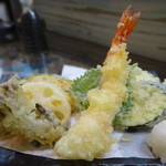 鎌倉 如菴 - 天ざるの天ぷら盛り合わせ