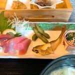 食楽 螢 - ハモ、ハマチ、マグロのお刺身 枝豆 ハタハタ 白和え