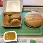 マクドナルド - 料理写真:ハンバーガー&ナゲット