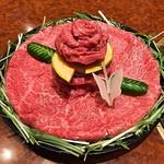 焼肉 スタミナ苑 - 肉ケーキ