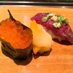 さくら寿司 - いくら、貝、くじら