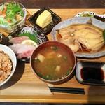 かかの掌 - 料理写真:神島定食(カワハギの煮付け)