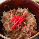 ビーフビレッヂ区界 - ミニ豚丼