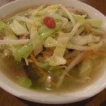 餃子ねじ巻 - 小鉢湯麺