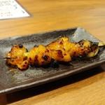 炭火串焼と旬鮮料理の店 しかまる - 国産シマチョウ串