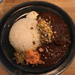 OHIO - マトンカレー・香草サルサ