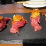105061201 - 肉寿司
