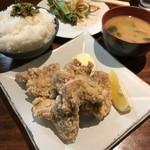 升三 - H31.4 ランチ若鶏唐揚げ・ライス、味噌汁食べ放題