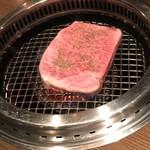 焼肉 大河 - いきなり厚切りサーロインステーキ