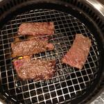 焼肉 大河 - お肉焼き焼き❗️