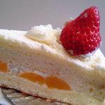 ロマン - 甘いイチゴのケーキ¥250