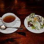 10507809 - 2コ玉スパのスープとサラダ