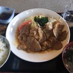 みっちゃん食堂 - 料理写真:焼肉定食 ¥850