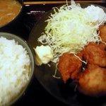 Kushikatsudengana - 鶏唐揚定食全景